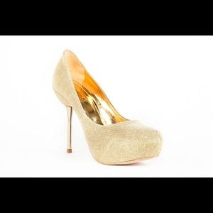Top Heels Co Julia Gold Pumps